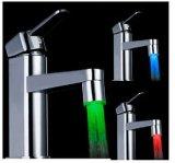 La température magique neuve de taraud de robinet d'eau d'éclairage LED de détecteur de 3 couleurs pour la salle de bains