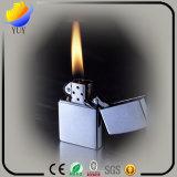 Modernes Metallfeuerzeug und Jinyan Plastikfeuerzeug