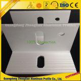 Verdrängtes Aluminium-CNC-Profil mit dem Lochen, bohrend, Verbiegen und prägen