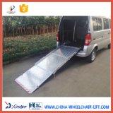 Helling van de Rolstoel van het aluminium de Hand voor Bestelwagen (bmwr-3)