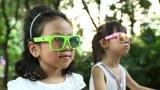 異なったカラーのスマートなビデオ・カメラのサングラス