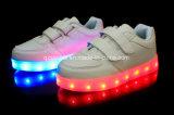 O conforto claro do diodo emissor de luz da forma do OEM ostenta as sapatilhas das sapatas para crianças