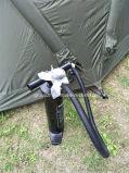 Gonflage de la grande tente campante de première pente