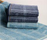 高品質の昇進の速い乾燥した綿の表面タオルか手タオル