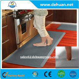 PUは床の保護反疲労の床のマットのスリップのパッドのEcoの友好的な防水を非形作る