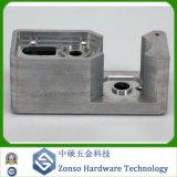 Peças fazendo à máquina personalizadas do CNC do OEM precisão não padronizada girando a trituração