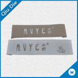 Het lage Geweven Etiket van het Kledingstuk van de Oppervlakte van het Vliegtuig MOQ Zachte Stof met het Vouwen van het Eind