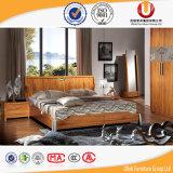 Het Klassieke Houten Vastgestelde Bed van uitstekende kwaliteit van de Slaapkamer van het Meubilair (ul-C01)