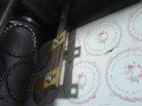 機械ずき紙のコップの皿を作る自動紙コップのマット