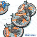 Het hoogstaande en Aangepaste Etiket van de Vervaardiging van de Fabriek van het Flard van het Borduurwerk van het Ontwerp
