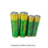 Батарея AA 1.5 вольта в батарею