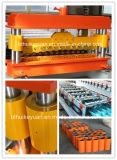 Farbige Stahldach-Stahlrolle, die Maschine bildet