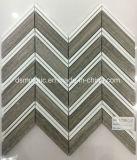 Mosaico de mármore Herringbone cinzento da grão quente da venda