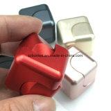 最も新しい最も普及した落着きのなさの立方体の紡績工