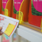 De plastic Houder van het Etiket van de Rand van de Plank voor De Vertoning van Warenhuizen