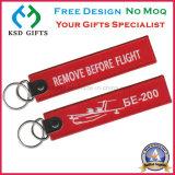 비행 수화물 꼬리표 또는 주문 Keychains의 앞에 제거하십시오