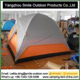 O costume Windproof da camada dobro faz a barraca de acampamento do curso do armazenamento