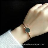 Armband van de Armband van het Manchet van het Roestvrij staal van de Juwelen van de koningin de Manier Gepersonaliseerde Open