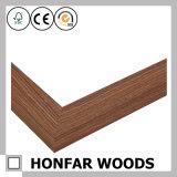 [بيكتثر فرم] طبيعيّة خشبيّة لأنّ زخرفة بينيّة