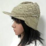 100% Зимняя акриловая шапка с козырьком
