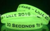 Wristband popolare del silicone di incandescenza con incandescenza nello scuro