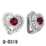 Новая роскошь конструкций вводит 925 серебряных изумрудных Earrings. в моду Zirconia