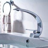 Faucet de bronze do dissipador da água da bacia do cromo