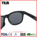 Ynjn UV400 Fashion Custom Logo Lunettes de soleil polarisées en plastique unisexe (YJ-S047)