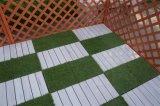 Suelo del grano de madera plástico/azulejo del jardín que se enclavijan