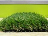 人工的な草を美化する着色された高密度泥炭