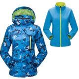 Chaqueta impermeable del esquí de la impresión de las mujeres con la chaqueta del paño grueso y suave