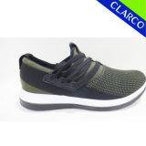 軽いOutsoleおよび編まれた甲革が付いている最も新しい人の方法運動靴