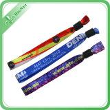 Qualität kundenspezifischer Firmenzeichen-Gewebe-FestivalWristband