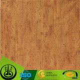 Papel decorativo de la textura clara con el grano de madera para la decoración