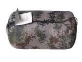 Tarnung-Umschlag kann verbundener im Freiensprung-Schlafsack sein
