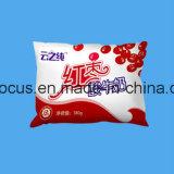 満ちるシーリング大豆のミルクの包装機械の重量を量る自動液体