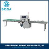 Prix semi-automatique de machine à emballer de flux de traitement d'usine de Foshan