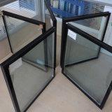 縦の自動平らな絶縁のガラス生産ラインガラスの洗浄および乾燥機械