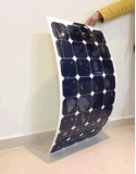 RV/Boat/Golf 손수레를 위한 100W Sunpower 태양 모듈 유연한 태양 전지판 또는 해병 또는 요트 또는 접속점 상자와 Mc4와 연결관 홈 사용