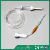 熱い販売CE/ISOはセットされた使い捨て可能な注入を承認した(MT58001215)