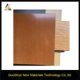 Granos de madera decorativos Materiales de construcción Paneles de aluminio