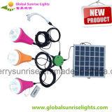 Mini kits solaires photovoltaïques rechargeables rechargeables avec 3 ampoules et chargeur de téléphone portable