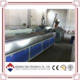 Chaîne de production en bois d'extrusion de panneau du plastique WPC de PVC