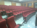 Ajustableのアルミ合金の永続的な足を搭載する講堂の椅子