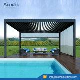 Pergola de alumínio com telhado à lareiras Sun Shade impermeável