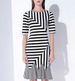 Sommer-unregelmäßiger Farben-Endstück-Streifen-elegantes Dame-Kleid