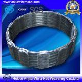 Колючая проволока бритвы оптовика горячая окунутая гальванизированная стальная для обеспеченности с дешевым ценой