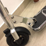 最も軽い重量6.0kgsが付いている自己のバランス2の車輪の電気スケートボードの折るバイク