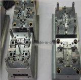工具細工を押す高精度は精密自動車部品のためにまたは停止するか、または形成する