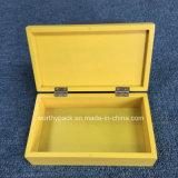 Goldene Farbe angestrichener hölzerner Geschenk-Kasten